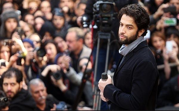 نسخه کامل ترانه خوانی بنیامین بهادری در روز خاکسپاری مرتضی پاشایی